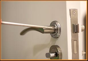 Long Beach Clifornia Locksmith Long Beach, CA 562-567-6814